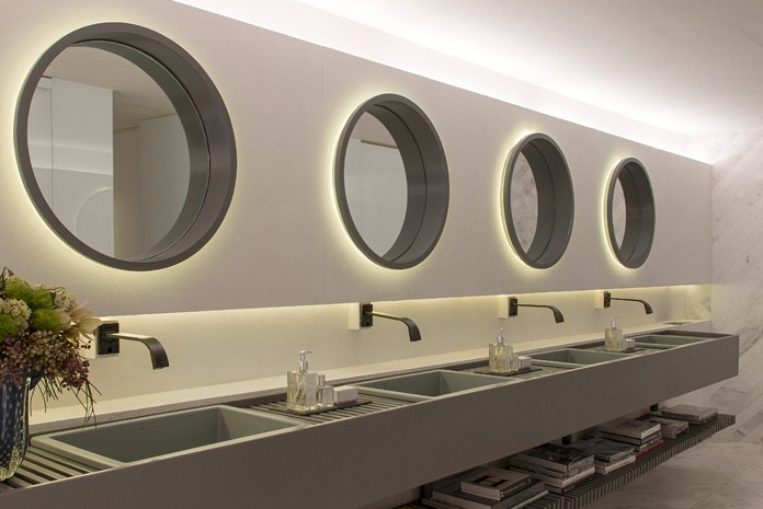 banheiro-unissex-de-museu