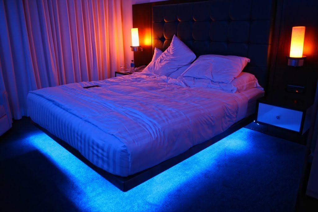 como-funciona-fita-de-led-cama-com-fita-de-led-azul