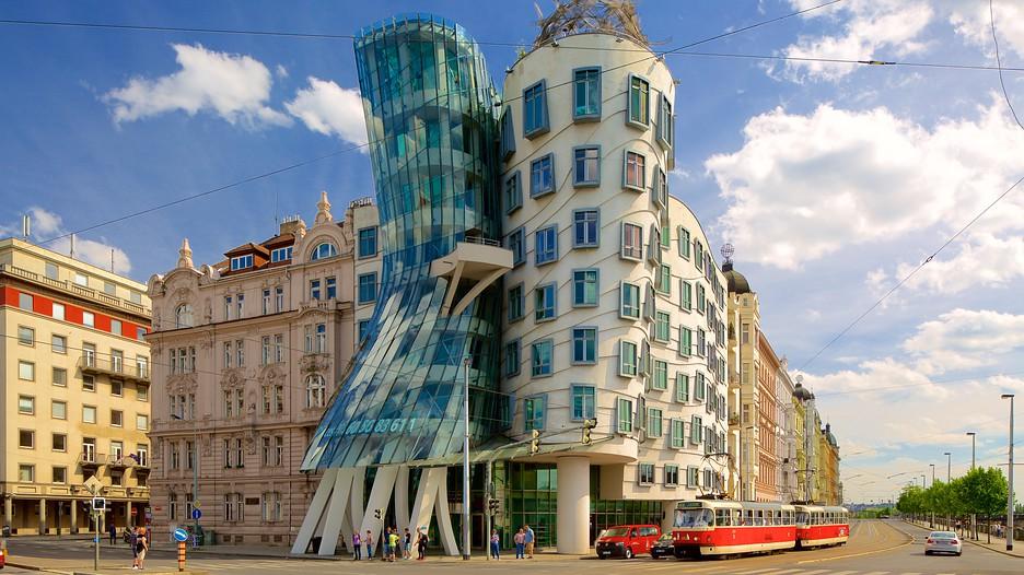 deconstructivismo-en-arquitectura-casa-danzante