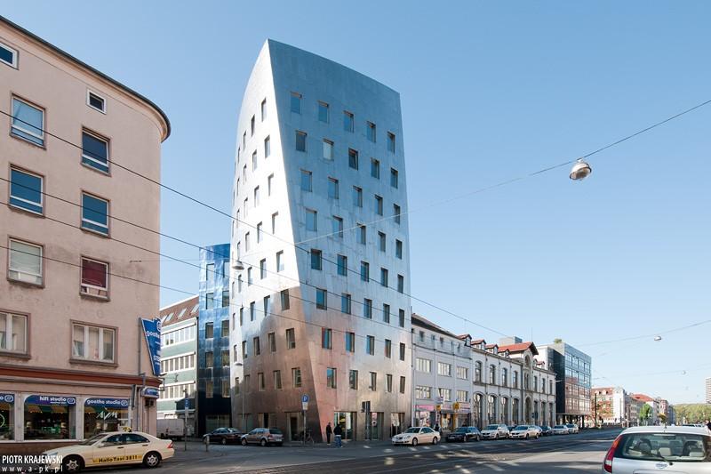 desconstrutivismo-na-arquitetura-ghery-tower