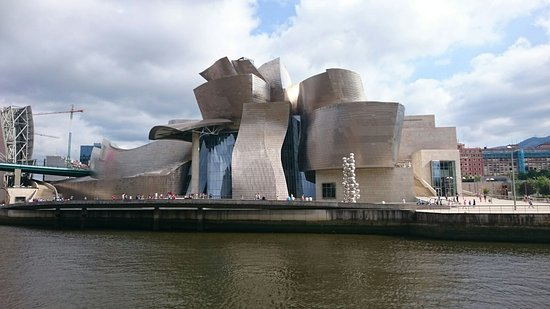 deconstructivismo-en-arquitectura-museo-guggenheim