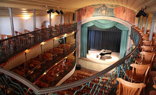 obras-de-arquitetura-famosas-teatro-ouro-preto-palco
