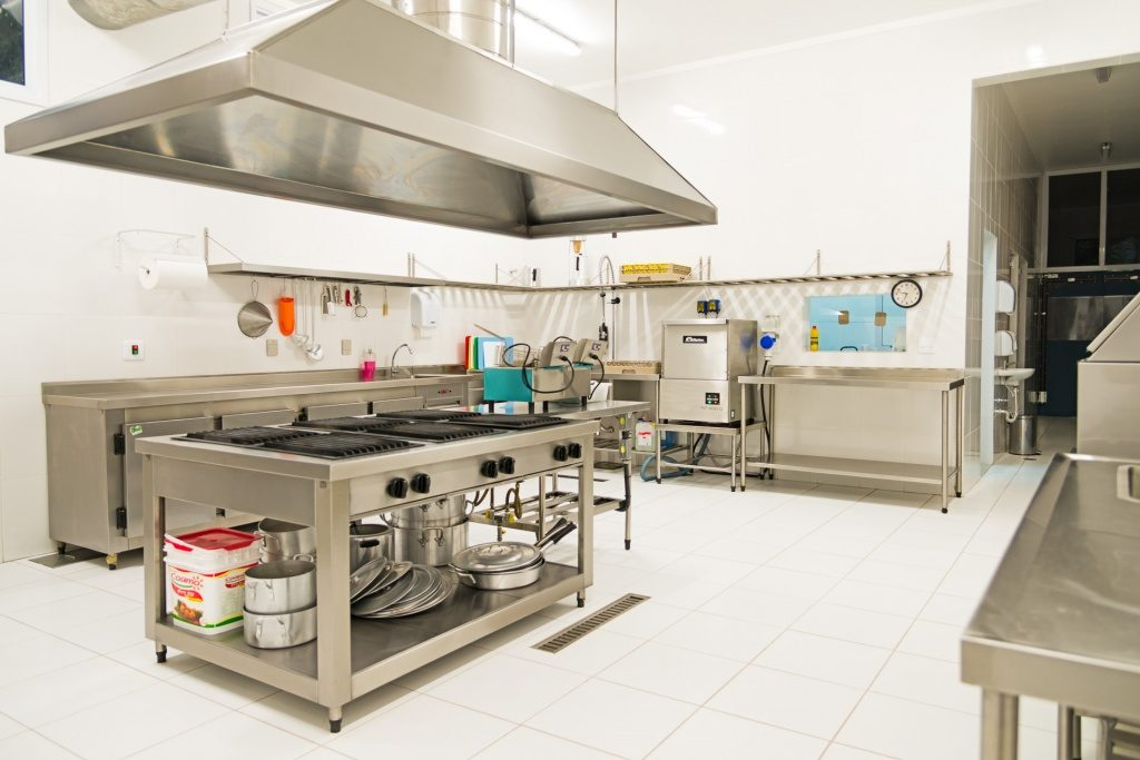 projeto-cozinha-industrial-piso-ceramico