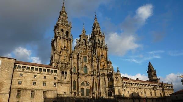 Arquitetura Barroca: Igreja de Santiago da Compostela