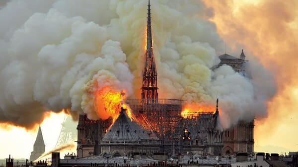Arquitetura Gótica: Incêndio na Catedral de Notre Dame