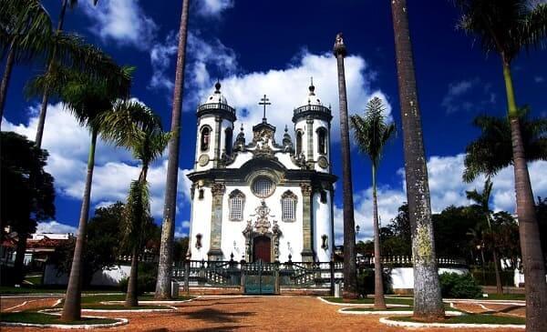 Arquitetura barroca: Igreja de São Francisco de Assis em São João del Rei
