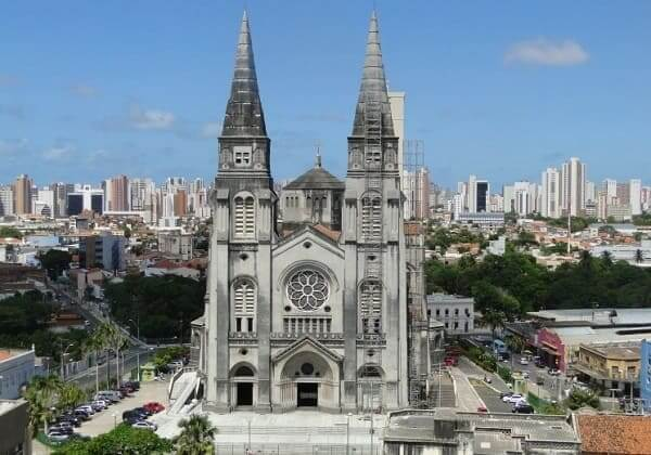 Arquitetura gótica: Catedral Metropolitana de Fortaleza