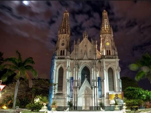 Arquitetura gótica: Catedral Metropolitana de Vitória