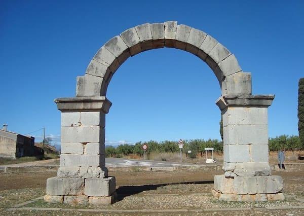 Arquitetura romana: Arco romano