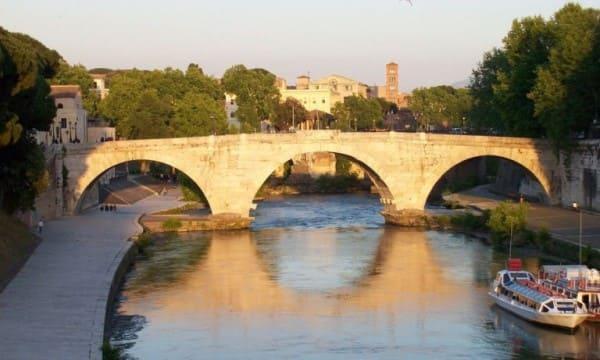 Estilos de arquitetura: Ponte Céstio