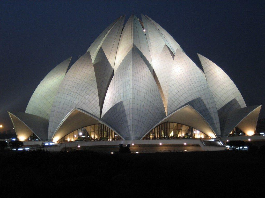arquitetura-asiatica-templo-de-lotus