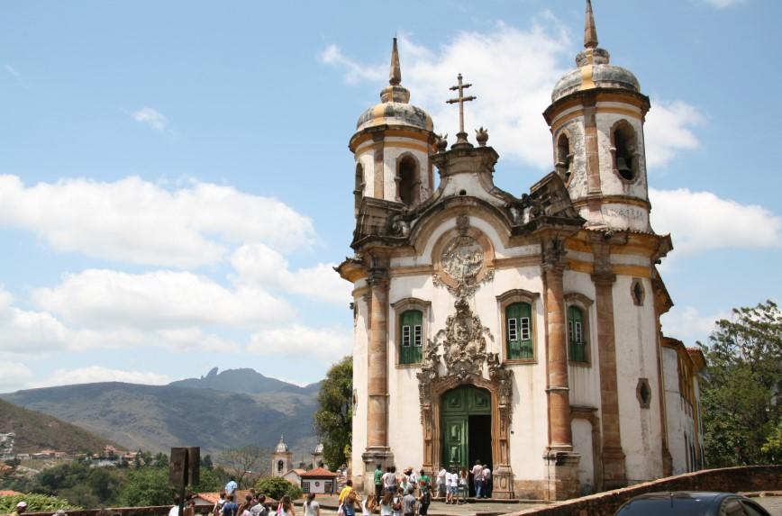 arquitetura-barroca-igreja-sao-francisco-de-assis