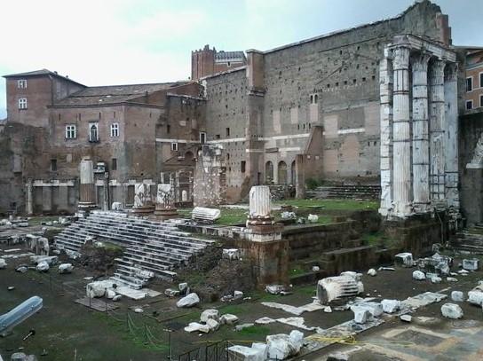 arquitetura-romana-templo-de-marte