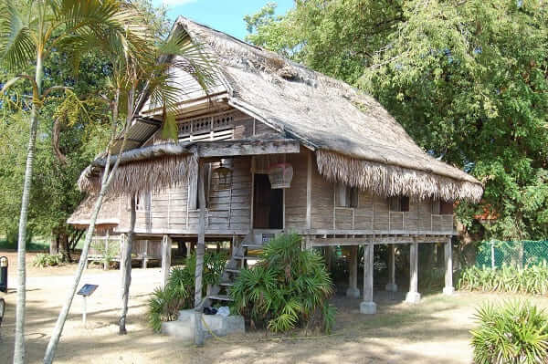 Arquitetura vernacular: Casa em região de clima úmido
