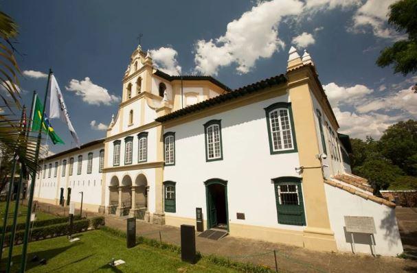 arte-y-arquitectura-museo-sagrado-de-arte-sagrado-exterior