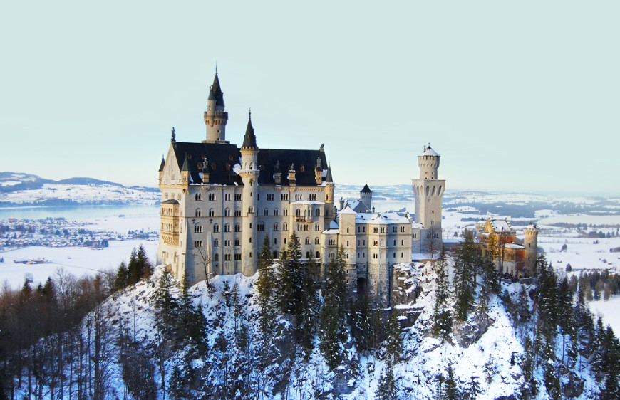 estilos-de-arquitetura-castelo-de-neuschwanstein-neve
