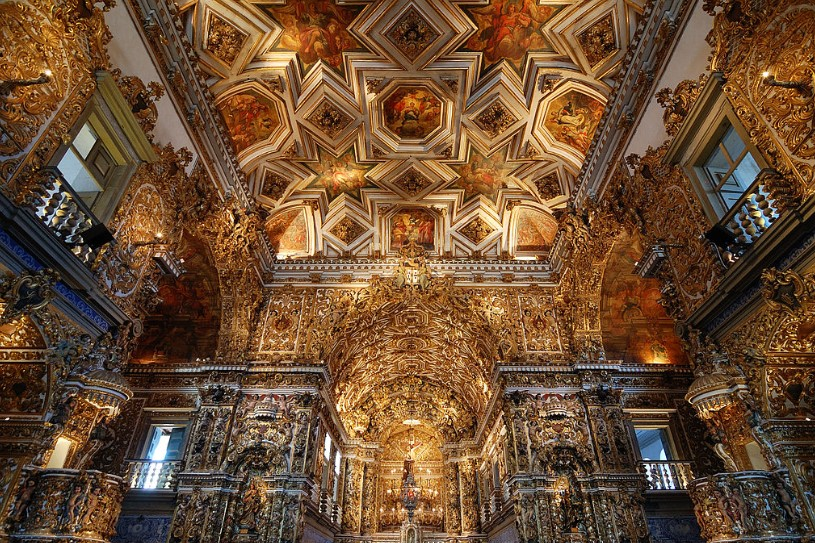 estilos-de-arquitetura-igreja-de-sao-francisco-interior
