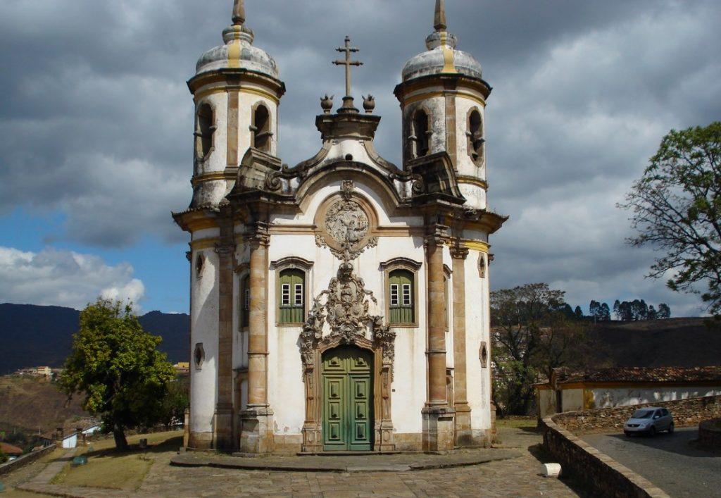 estilos-de-arquitetura-igreja-em-ouro-preto
