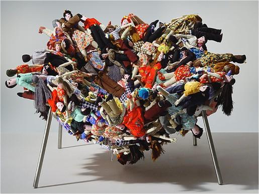 irmaos-campana-cadeira-multidao