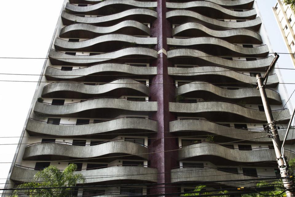 Ruy-Ohtake-Edificio-Maison-de-Mouette
