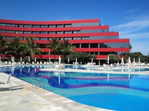 Ruy Ohtake: Hotel Blue Tree