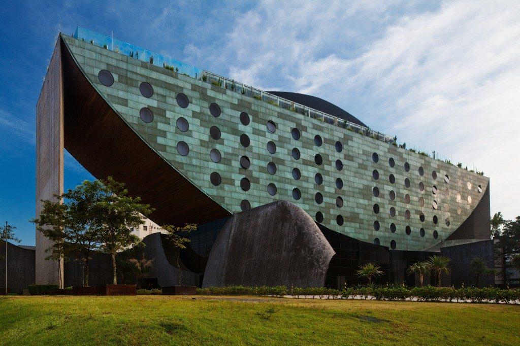 Ruy-Ohtake-hotel-unique