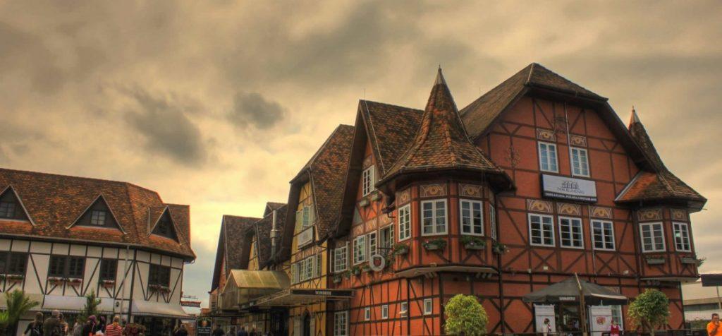 arquitetura-alema-vale-europeu-santa-catarina-inspirada-cultura-alema