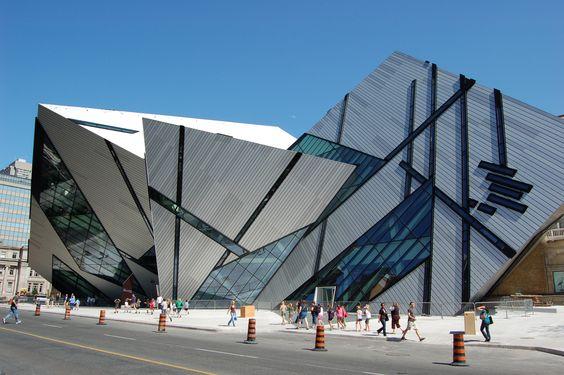 arquitetura-contemporanea-museu-real-ontario