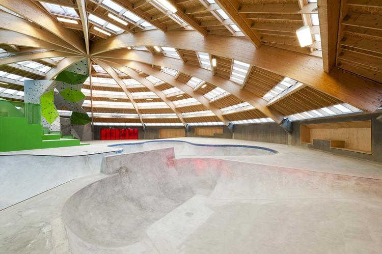 arquitetura-esportiva-streetdome-cebra-glifberg-area-interna