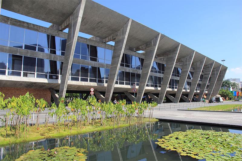 arquitetura-moderna-Museu-de-Arte-Moderna-do-Rio-de-Janeiro