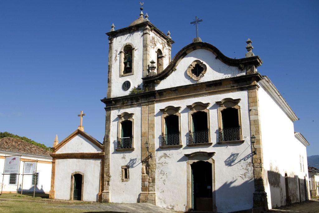 arquitetura-no-brasil-Igreja-de-Santa-Rita-Paraty