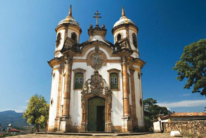 arquitetura-no-brasil-Igreja-de-Sao-Francisco-Ouro-Preto