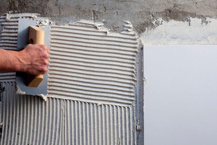 como-diminuir-a-umidade-de-ambientes-fechados-Argamassa-impermeabilizante