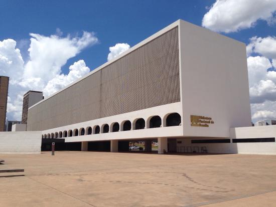 o-que-e-cobogo-biblioteca-nacional-brasilia