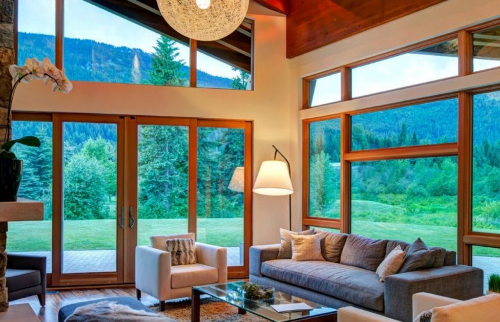 orientacao-solar-arquitetura-salar-de-estar-iluminada