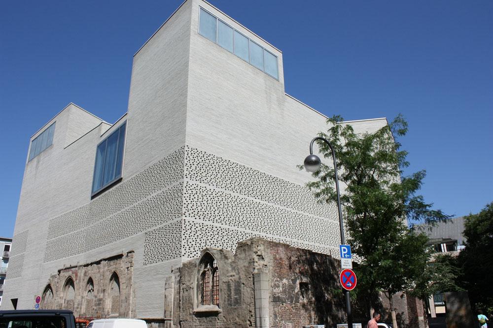 peter-zumthor-O-Museu-de-arte-Kolumba
