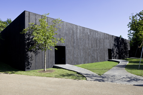 peter-zumthor-Serpentine-Gallery-2