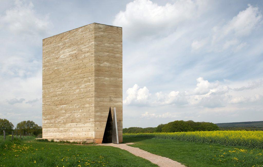 peter-zumthor-capela-de-campo-bruder-klaus-Wachendorf