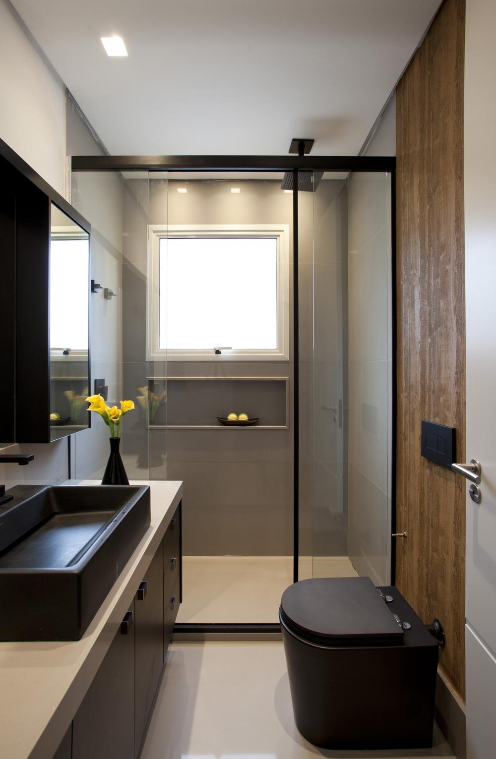 dicas-para-banheiro-pequeno-Box-com-porta-de-correr