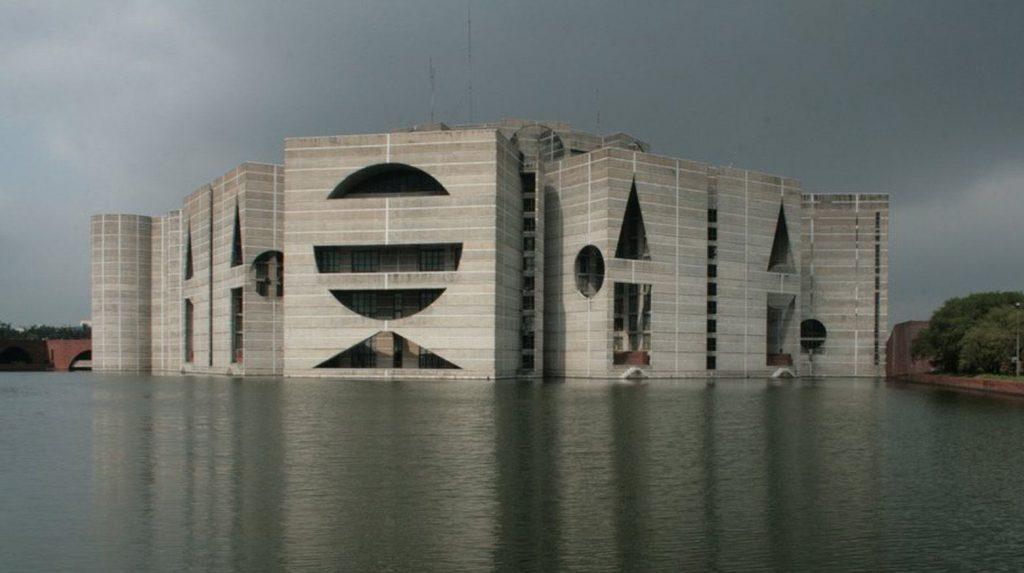 Louis-kahn-assembleia-nacional-de-bangladesh-dacca