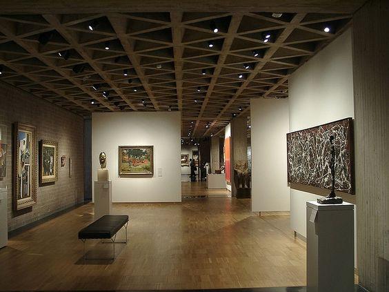 Louis-kahn-yale-university-art-gallery-2