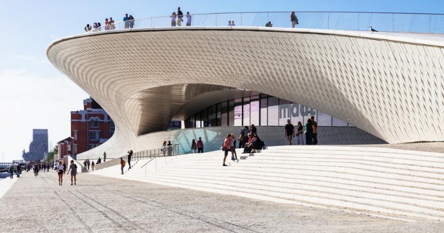 museu-arquitetura-Maat-Museu-de-Arte-Arquitetura-e-Tecnologia-Amanda-Levete-redimensionado