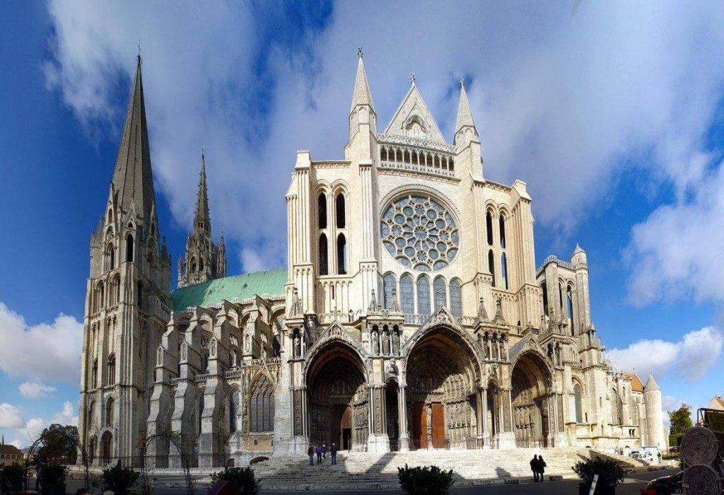 arquitetura-francesa-Catedral-de-Chartres