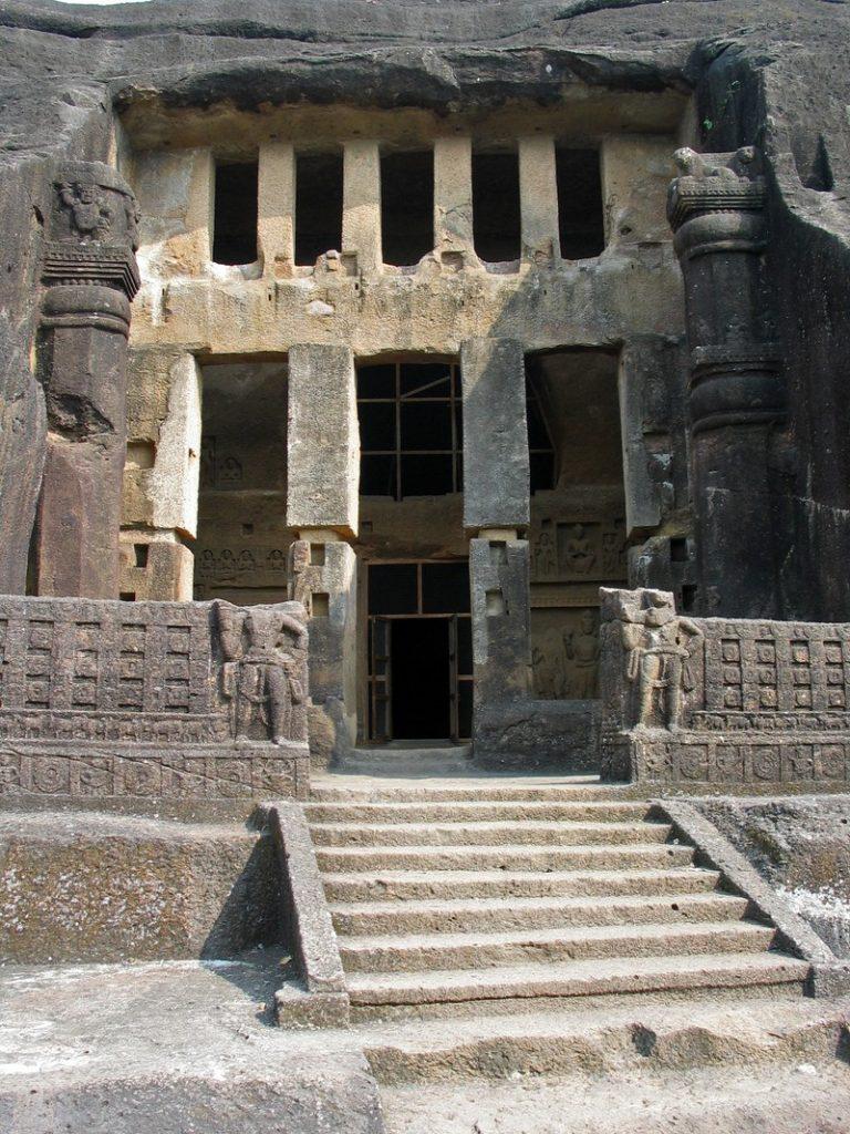 arquitetura-indiana-caverna-de-kanheri