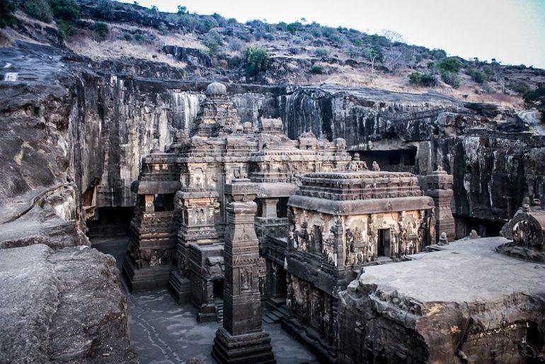 arquitetura-indiana-ellora-templo