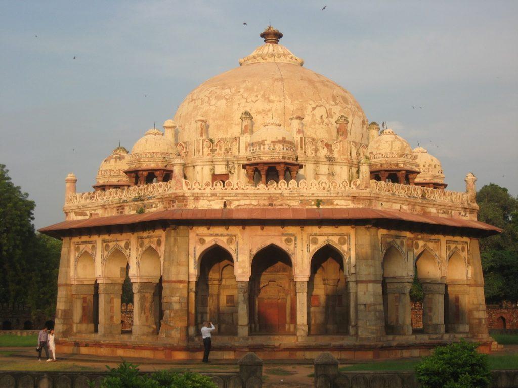 arquitetura-indiana-tumba-de-isa-khan