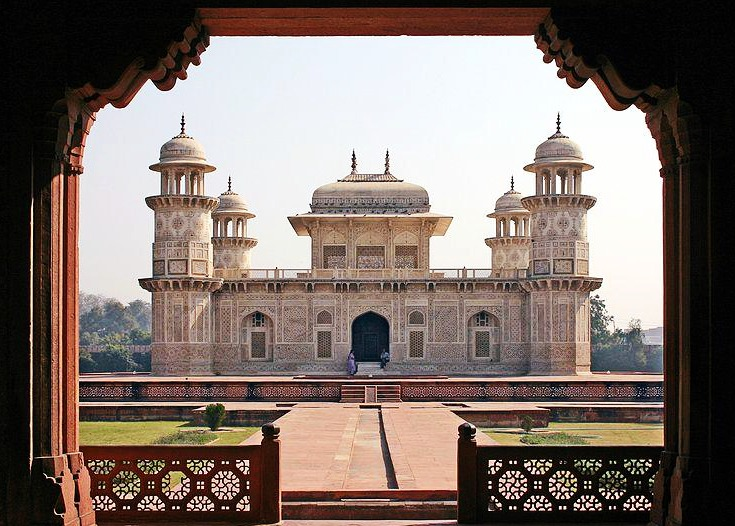 arquitetura-indiana-tumulo-de-Itimad-ud-Daulah-mini-taj-mogol