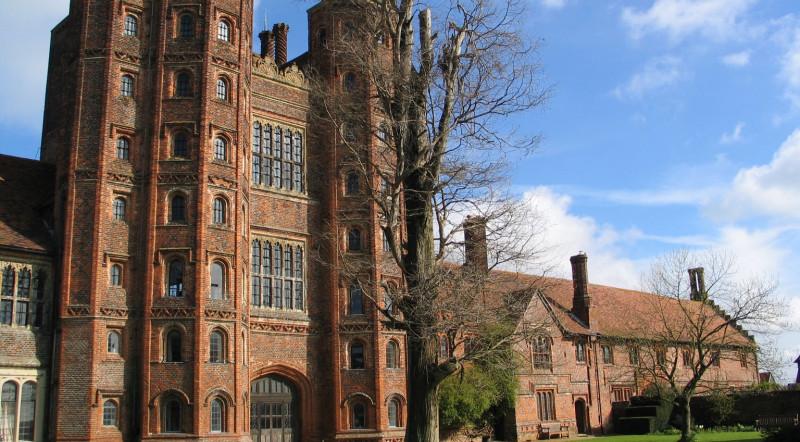 arquitetura-inglesa-layer-marney-tower