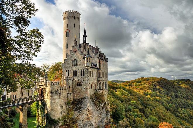arquitetura-medieval-castelo-de-lichtenstein