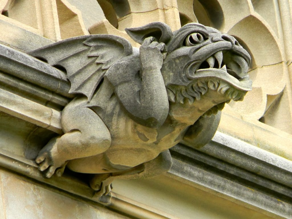 arquitetura-medieval-gargula